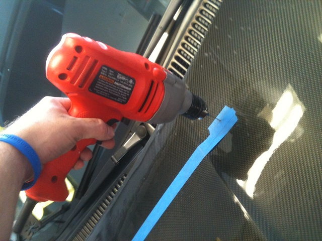 Installing washer nozzles in a Carbon Fiber hood for a Neon SRT4