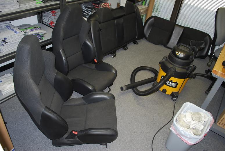 Tremendous Our Employee Matt Gets New Seats For His 1998 Neon Srt4 Gmtry Best Dining Table And Chair Ideas Images Gmtryco