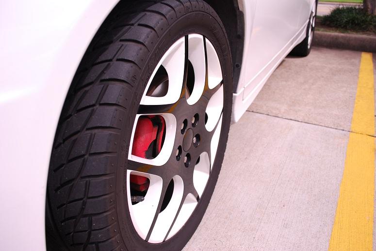 Custom painted white OEM wheels on SRT4